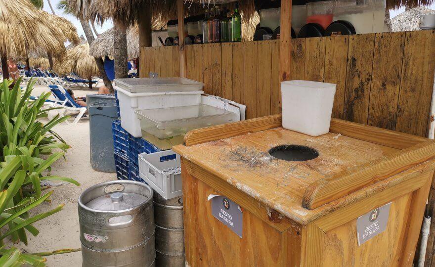 lavagem de copos no Bahia Principe